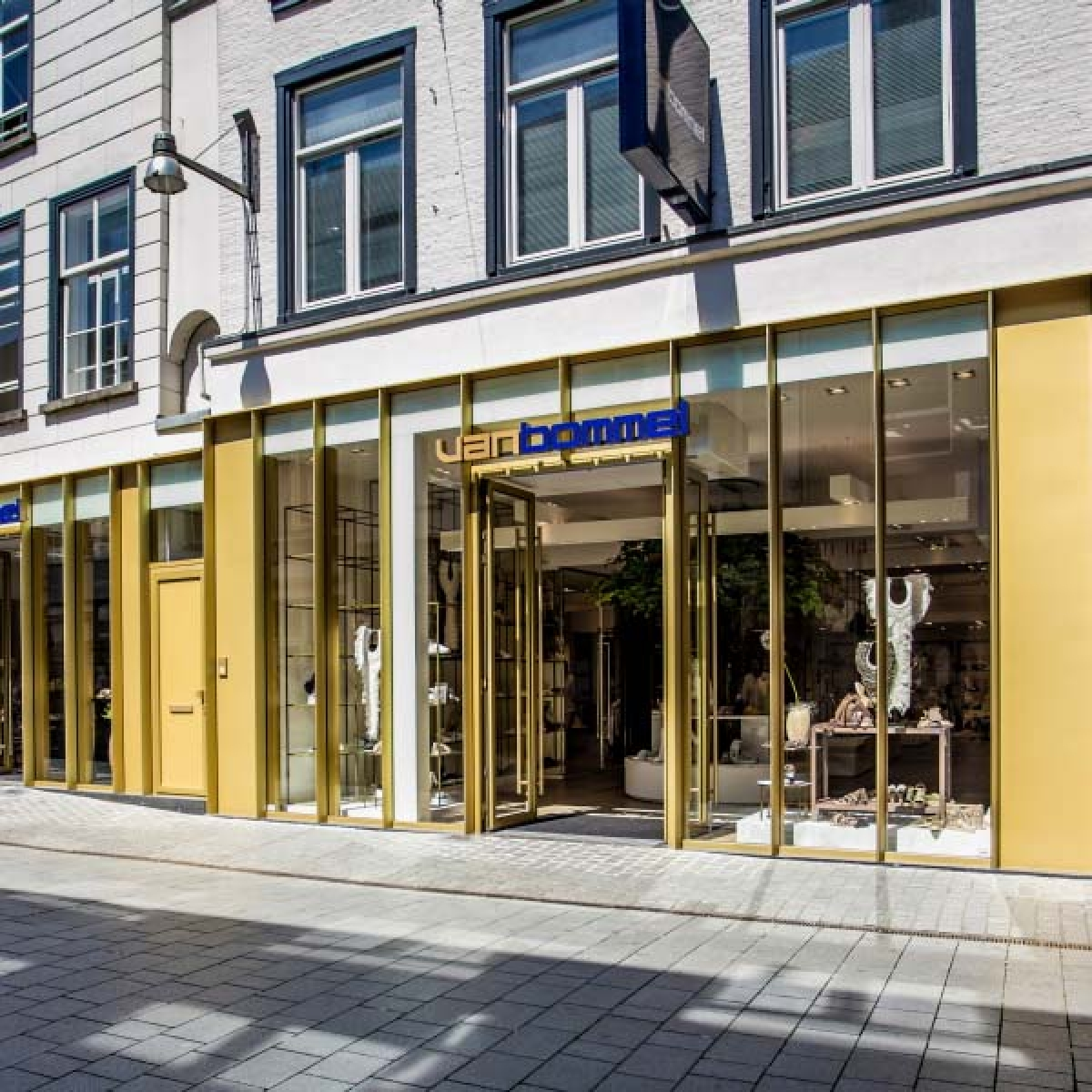 Van Bommel winkelpui